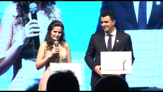 Tineri Profesionisti de Succes: Ioana BENDEA, INTERBROKERAndrei PADURARIU, INTERBROKER